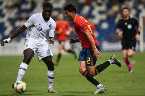 Selección: pasó por todas las juveniles de Francia desde Sub 16 y llega 15 partidos en Sub 21. Foto: EFE