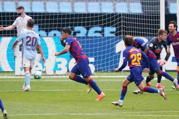 Luis Suárez no detiene su marcha goleadora