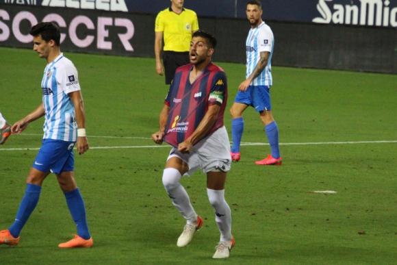 Giovanni Zarfino celebra su gol anotado frente al Málaga. Foto: @EXT_UD