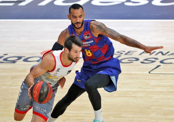 Bruno Fitipaldo en la semifinal entre San Pablo Burgos y Barcelona. Foto: EFE.