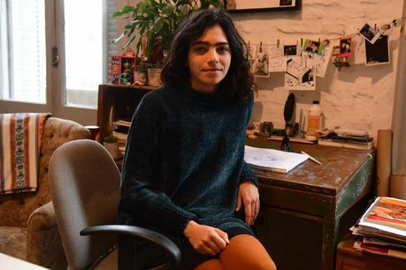 Maco, autora de historietas, en su estudio.