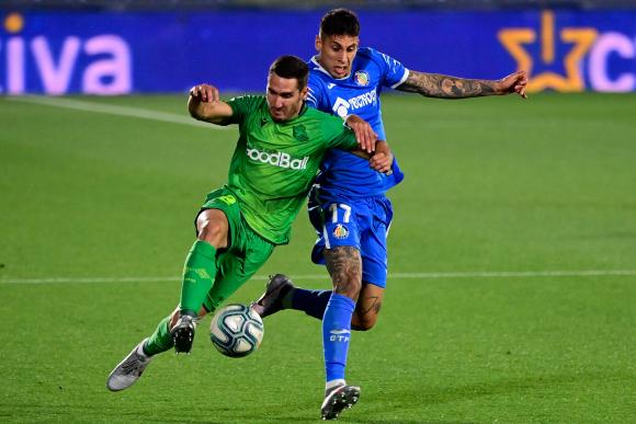 Mathías Olivera en el duelo entre Getafe y Real Sociedad. Foto: AFP.