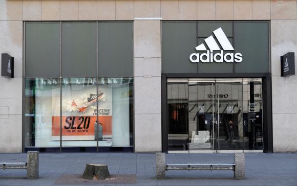 Local de Adidas. Foto: Reuters.