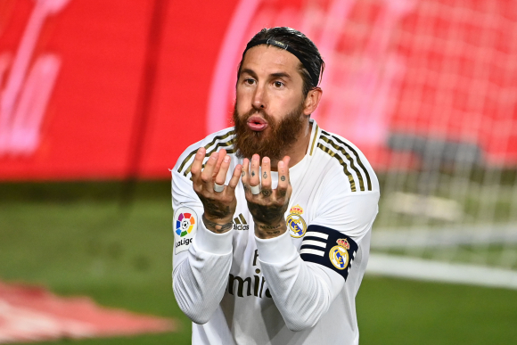 Sergio Ramos celebra su gol de penal ante Getafe. Foto: AFP.