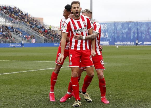 Cristhian Stuani celebra uno de los goles anotados con el Girona.