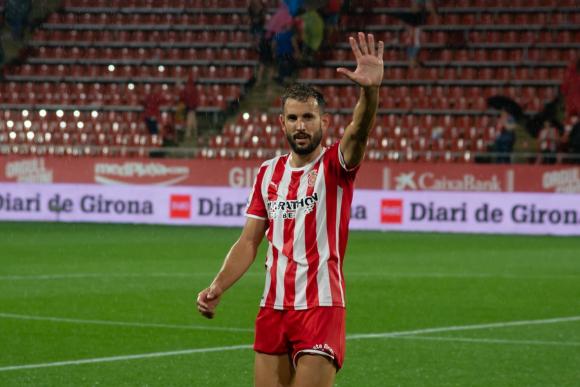 Cristhian Stuani defendiendo los colores del Girona.