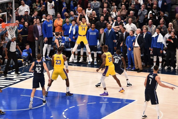 La NBA volverá con leyendas en las espaldas de los jugadores