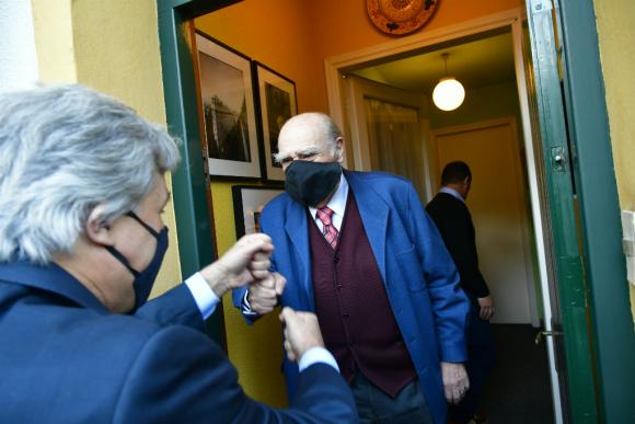 Julio María Sanguinetti recibió en su casa de Punta Carreras al ministro. Foto: Fernando Ponzetto