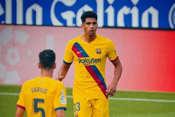 Ronald Araújo afianzado en el FC Barcelona