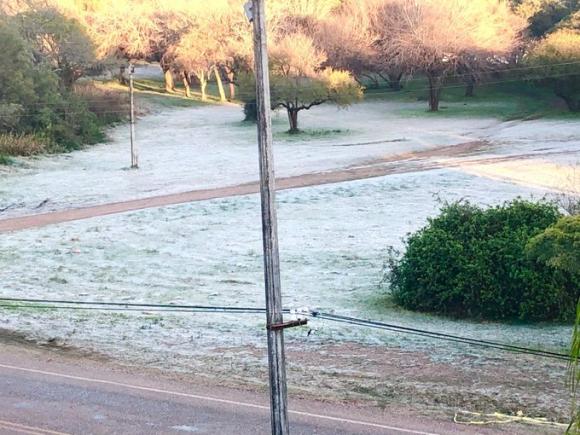 Ola de frío, Salto. Foto: Twitter Inumet, Lucía Preve, Salto
