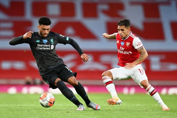 Lucas Torreira en acción contra Liverpool. FOTO: AFP.