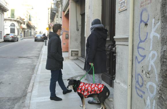 """Los vecinos de Andrés lo describen como """"una persona honesta""""  y fiel a su perro. Foto: Marcelo Bonjour"""