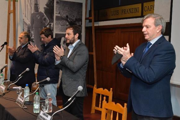 Ricardo Lombardo, Ignacio Alonso, Christian di Candia y Sebastián Bauzá en el homenaje al Centenario. Foto: Leonardo Mainé.
