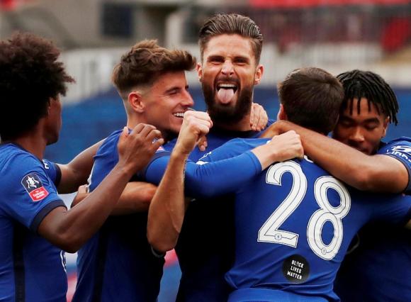 El festejo de los jugadores del Chelsea ante Manchester United. Foto: Reuters.