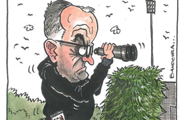 """""""Spygate"""": el escándalo por el espionaje de Bielsa. Ilustración: Bandeira"""