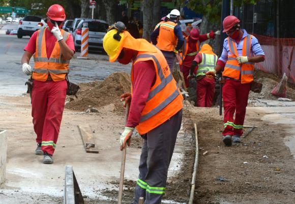 El sector de la construcción acordó beneficios para los trabajadores. Foto: Francisco Flores