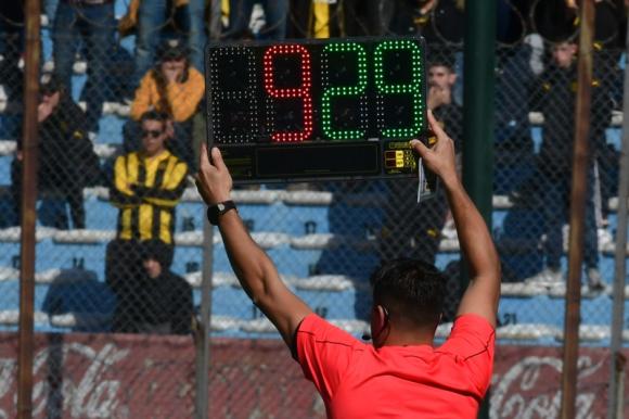 Fueron aprobados los cinco cambios en el fútbol uruguayo. Foto: Gerardo Pérez.