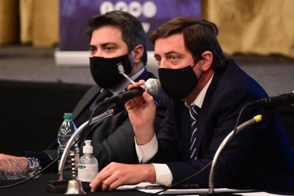 Ignacio Alonso y Gastón Tealdi en el Congreso de la AUF. Foto: @AUFOficial.