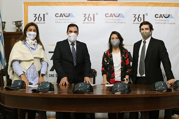 La CAU firmó un acuerdo con la marca 361°. Foto: @AtletismoCAU.
