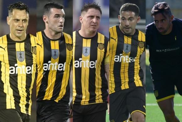 Fabián Estoyanoff, Fabricio Formiliano, Cristian Rodríguez, Walter Gargano y Jonathan Urretaviscaya.