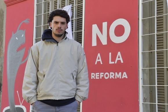 lucas regal no a la reforma