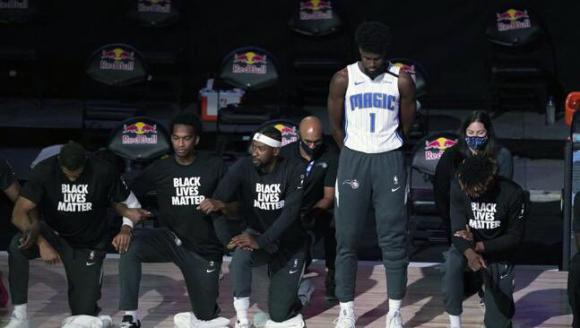 Jonathan Isaac no fue parte de las protestas por racismo en la NBA. Foto: Twitter.