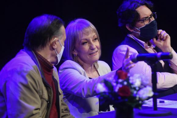 Carolina Cosse este sábado en el lanzamiento de su candidatura a la Intendencia de Montevideo. Foto: Marcelo Bonjour