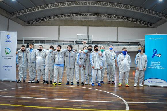 Fútbol Sala: se presentó la selección uruguaya de Síndrome de Down y sus objetivos. Foto: @FutsalDownUy