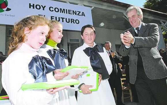 5fc256fd5f6f1 - Murió el expresidente Tabaré Vázquez