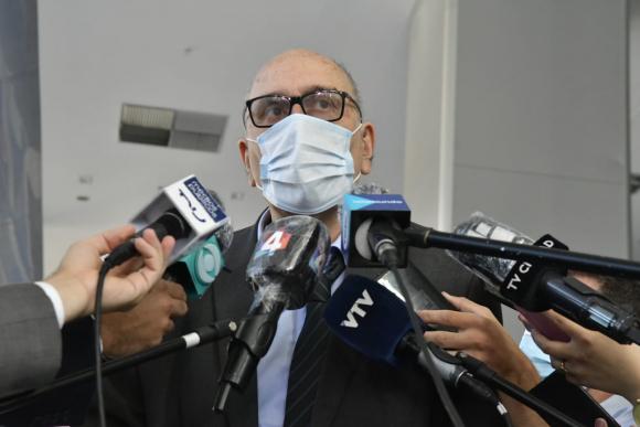 60009e79bda33 - El gobierno negocia con tres laboratorios para obtener la vacuna contra el COVID-19
