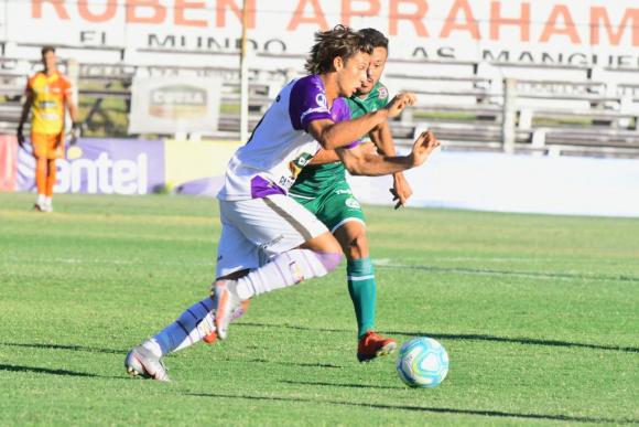 Fénix 3 - Plaza Colonia 3: seis goles, dos rojas y definición en el minuto  91 para un partidazo - Ovación - 29/01/2021 - EL PAÍS Uruguay