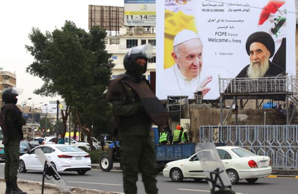 Francisco llega a Irak, su viaje 33 y el más peligroso - 05/03/2021 - EL  PAÍS Uruguay