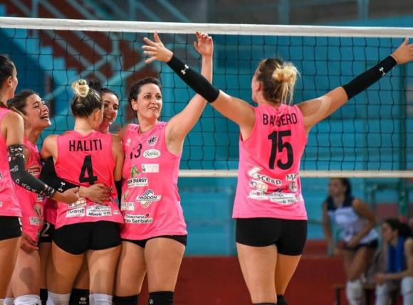 La stella del volley Bisglei dall'Italia.  Foto: Marcello Papagini.