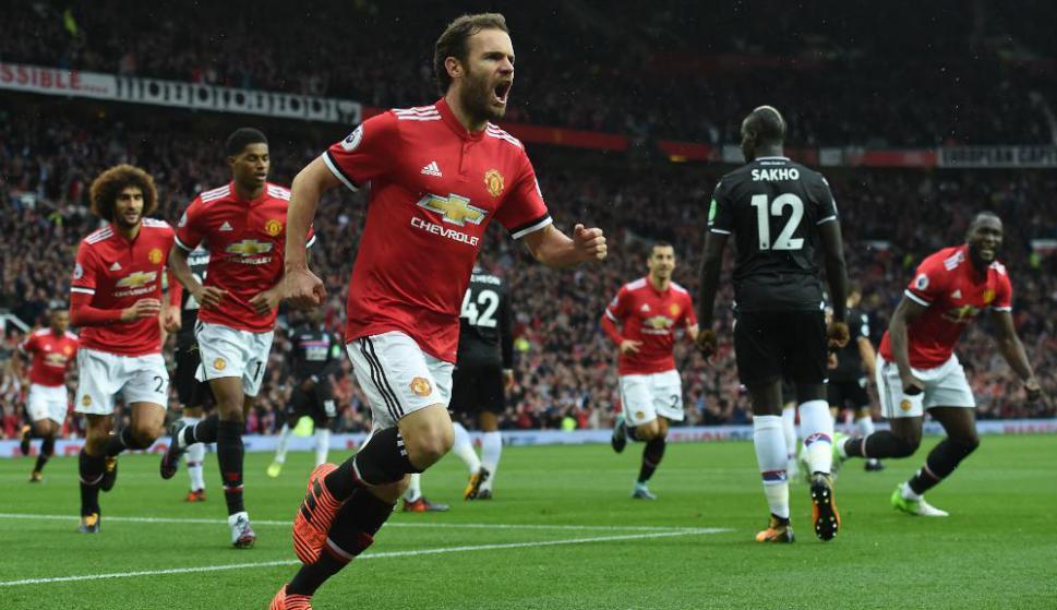 El grito de Juan Mata por el gol del Manchester United. Foto: AFP