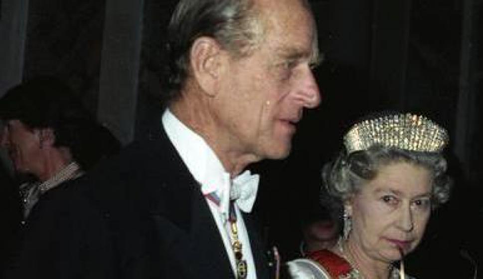 La reina Isabel II y Felipe, Duque de Edimburgo. Foto: Wikimedia Commons