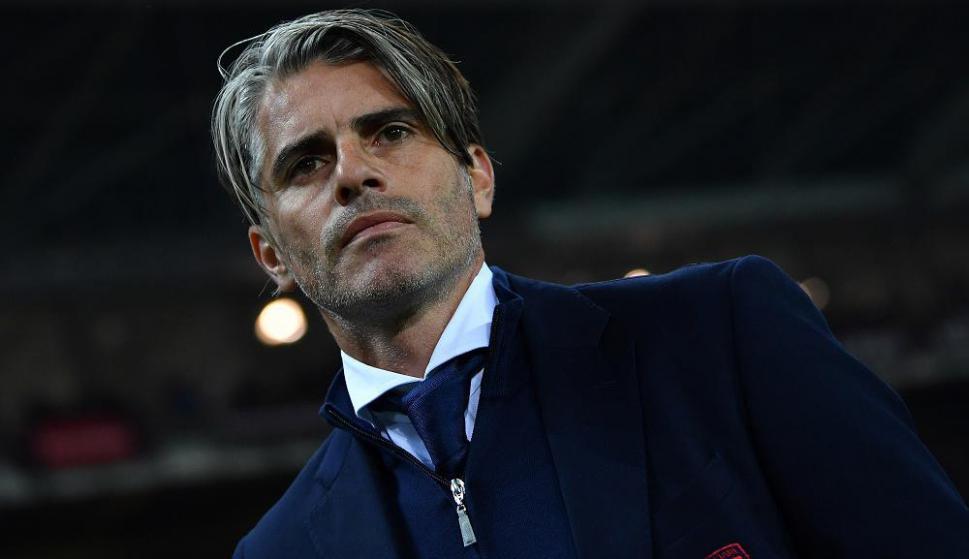Diego López como entrenador del Cagliari. Foto: AFP