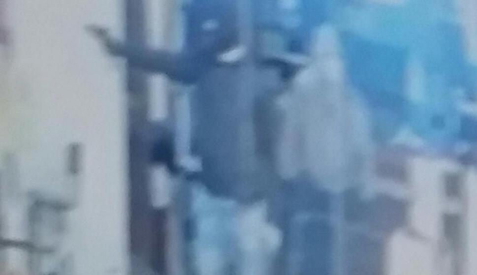 Imágenes de la cámara de seguridad durante el asalto al Cambio Varlix. Foto: El País