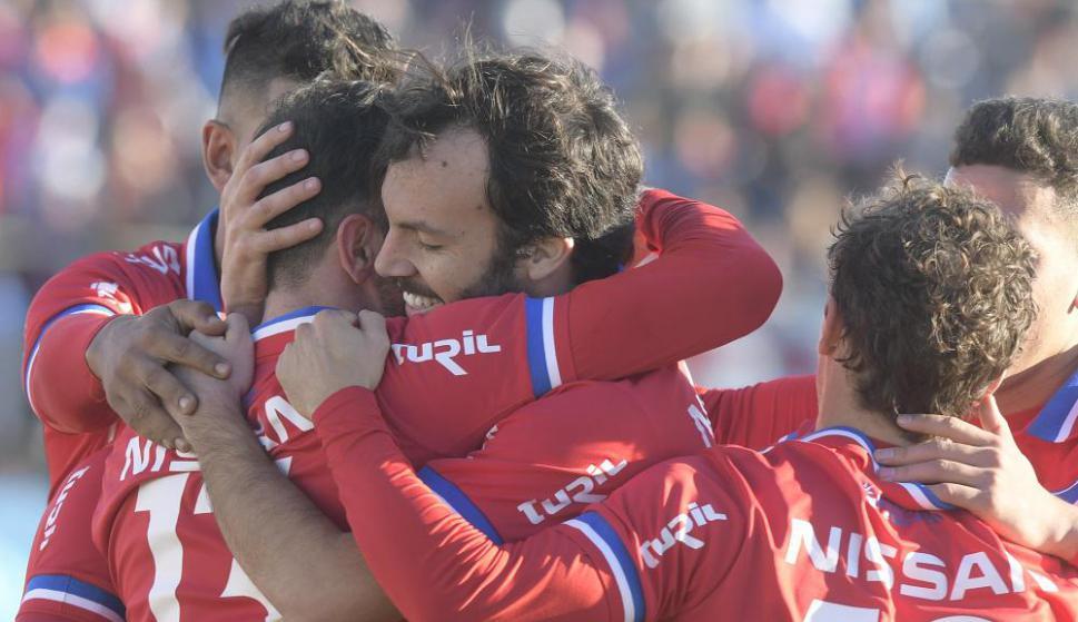 En racha. Nacional volvió a ganar en una cancha complicada y el equipo se mostró muy sólido. Foto: Marcelo Bonjour