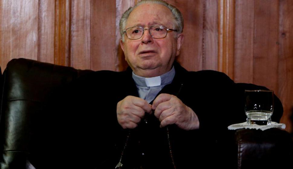 """Fernanado Karadima. El sacerdote había sido condenado a una """"vida de oración"""" en 2011 por sus abusos a menores. Foto: AFP"""