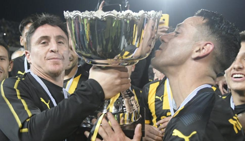 Cristian Rodríguez y Fabián Estoyanoff en Peñarol