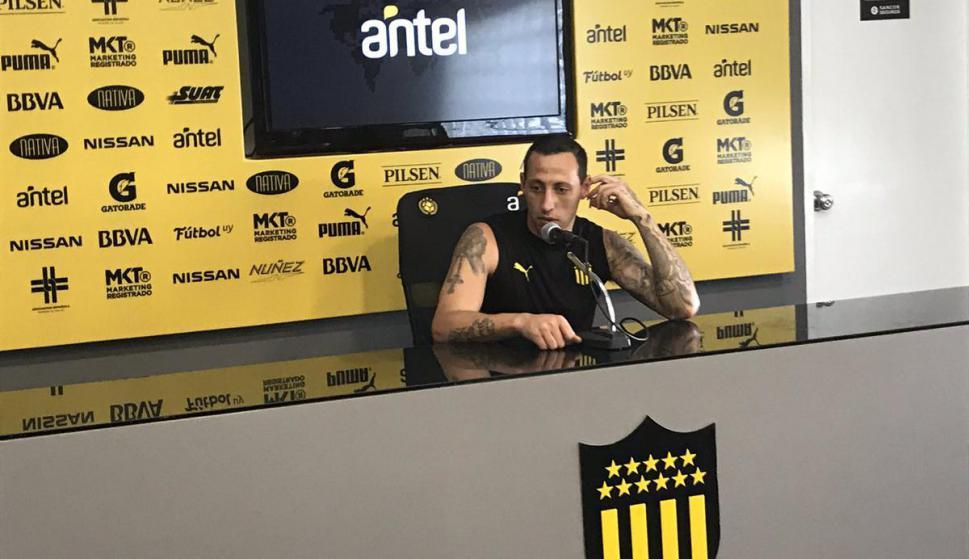 Cristian Lema en conferencia de prensa. Foto: Enrique Arrillaga / El País
