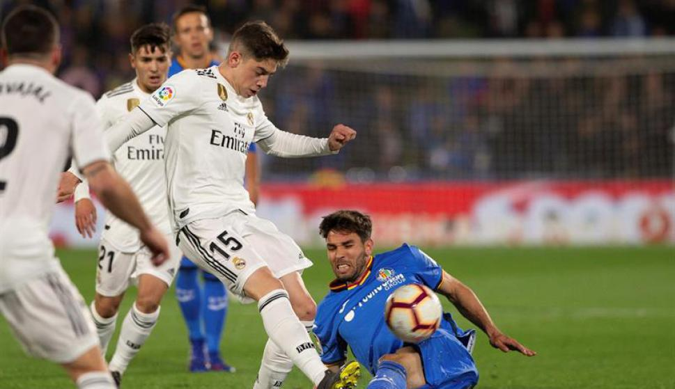 Federico Valverde jugando para Real Madrid ante Getafe. Foto: EFE