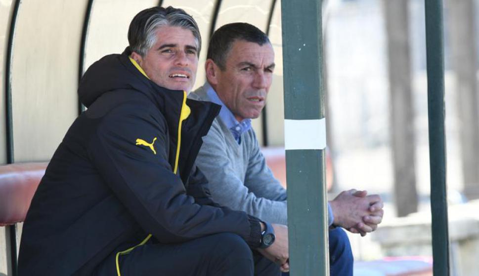 Diego López y Carlos Sánchez, entrenador y gerente deportivo de Peñarol. Foto: Gerardo Pérez.