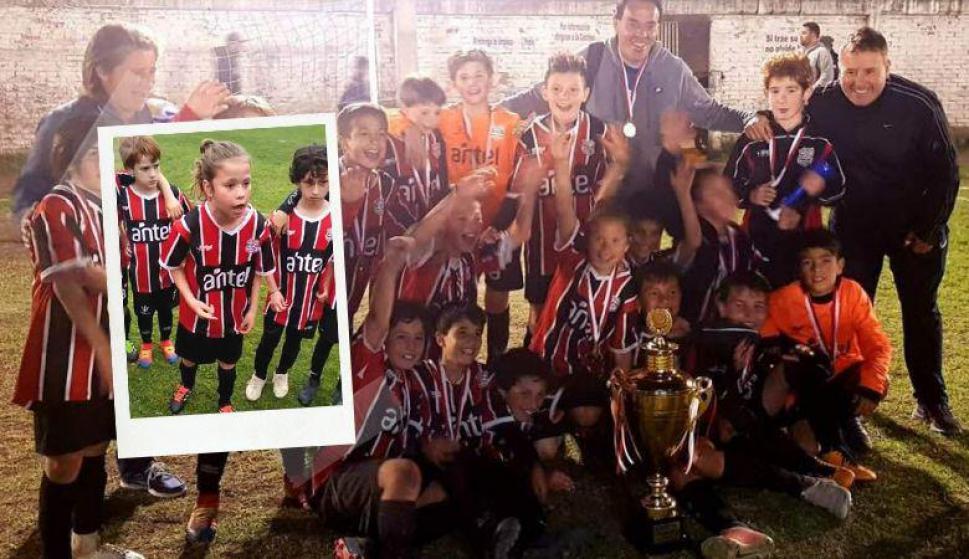 Con diez años, una arenga de grandes para salir campeones. Fotos: Captura y fifi.uy