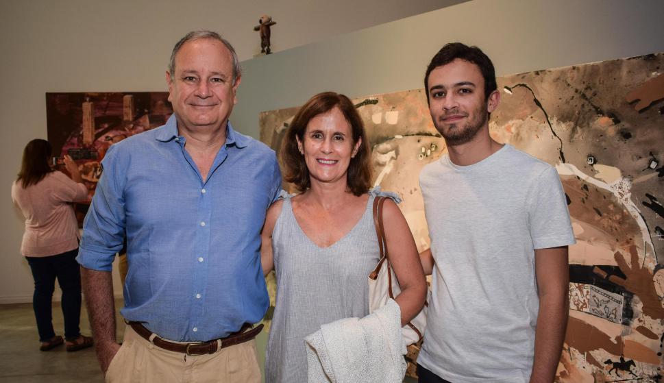 Ignacio Gari, Edith Hartmann, Felipe Gari.