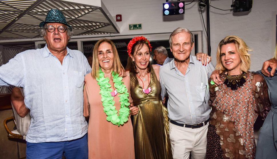 Martin Benard, Ana Uriarte, Isabel Anchorena, Juan Munro, Dominica Munro.