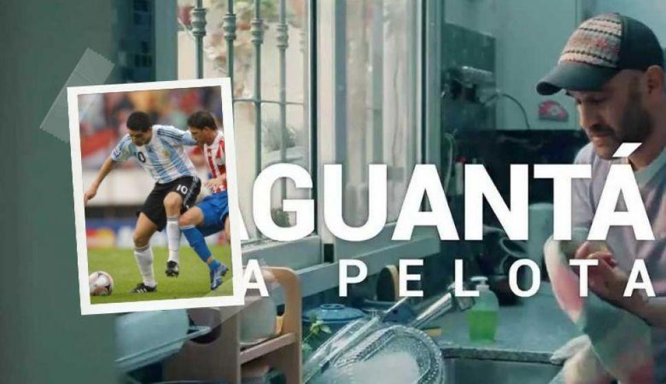 """""""Aguantá la pelota. Como Román"""", el video de AFA para afrontar la cuarentena por COVID-19. Fotos: Captura y Archivo El País"""