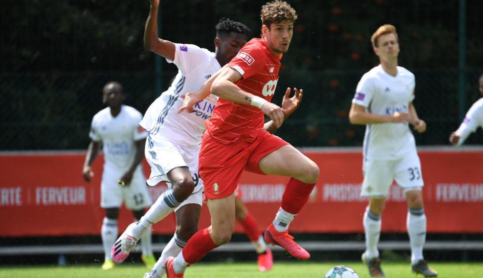 Felipe Avenatti jugando para el Standard de Lieja. Foto: Standard de Lieja (Twitter)