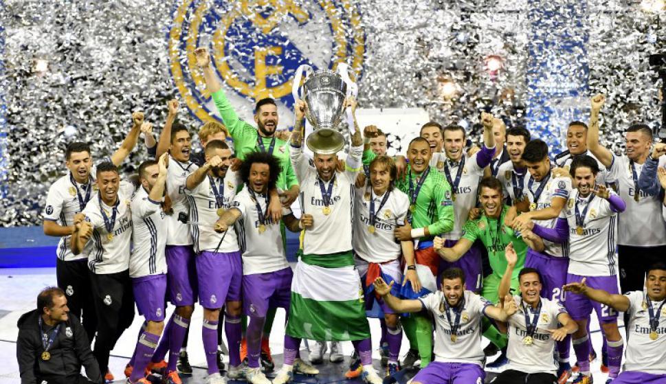 Sergio Ramos levantó la 12° Copa de Europa del Real Madrid, actual Champions League. Foto: AFP