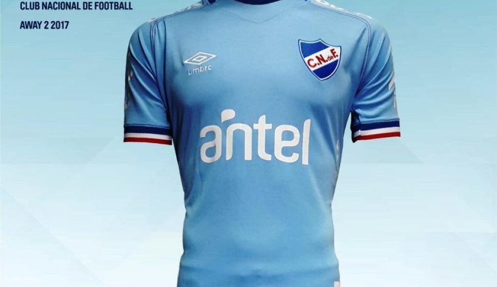 Fue presentada la nueva camiseta celeste - Fútbol - Ovación - Últimas  noticias de Uruguay y el Mundo actualizadas - Diario EL PAIS Uruguay e19b20a71ffa2